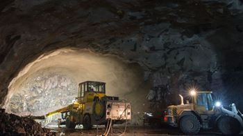 Picture of construction work going on in a tunnel. Photo/illustration: Finleif Mortensen